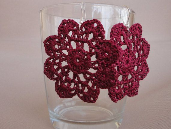 crochet flower earrings by Knotify on Etsy