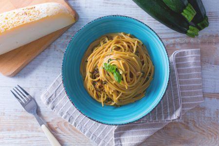 Ricetta Spaghetti alla Nerano - La Ricetta di GialloZafferano