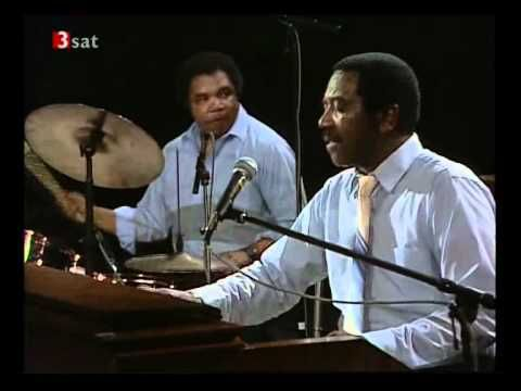 The Jimmy Smith Quartet are featured on German television live from the ZDF Jazz Club in Leonberg, Germany in 1988 with Jimmy Smith (organ), Herman Riley (sax), Terry Evans (guitar), and Frank Wilson (drums.)