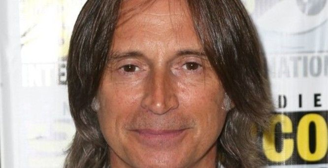 'Once Upon a Time' star Robert Carlyle talks with Hypable