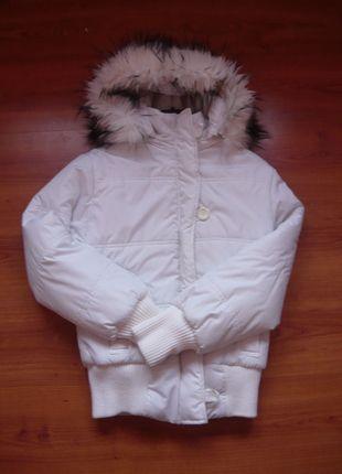 Kup mój przedmiot na #vintedpl http://www.vinted.pl/damska-odziez/kurtki/8561268-biala-kurtka-damska