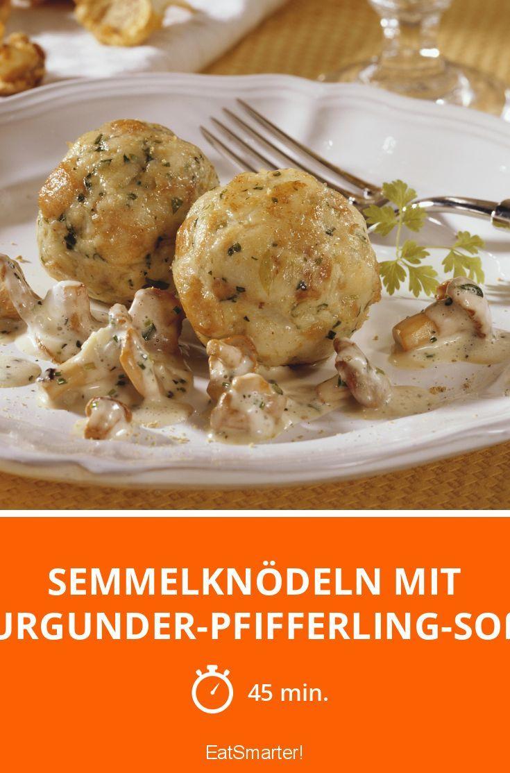 Semmelknödeln mit Burgunder-Pfifferling-Soße - smarter - Zeit: 45 Min. | eatsmarter.de