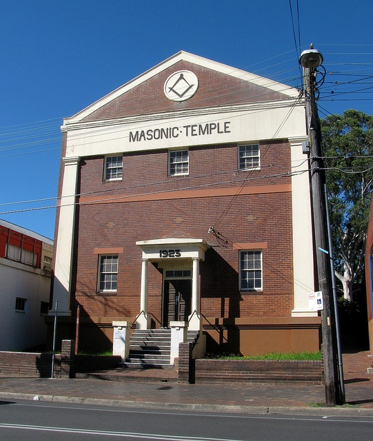 Masonic Temple, Eastwood, Sydney, NSW by dunedoo, via Flickr