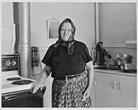 Mme Anna Kolibas, Coleman, Alberta, mai 1980 || Mrs. Anna Kolibas, Coleman, Alberta, May 1980 © Orest Semchishen
