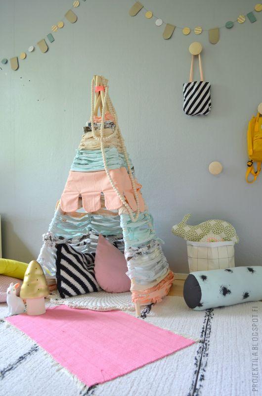 Tipi-den in this kids room