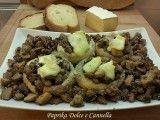 Funghi Champignon Tifolati con Brie