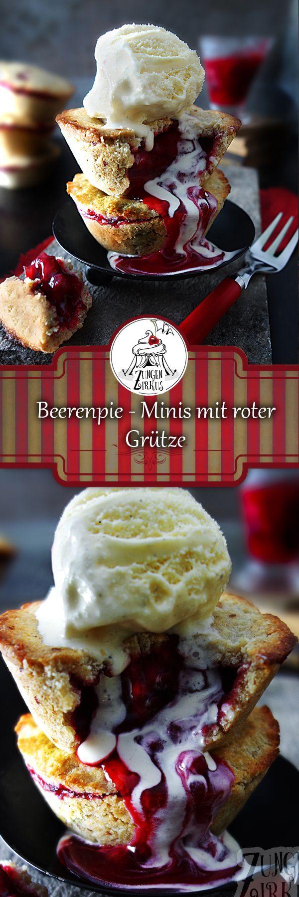 Beerenpie - Minis mit roter Grütze! Lauwarm mit einer Kugel Vanilleeis super lecker!
