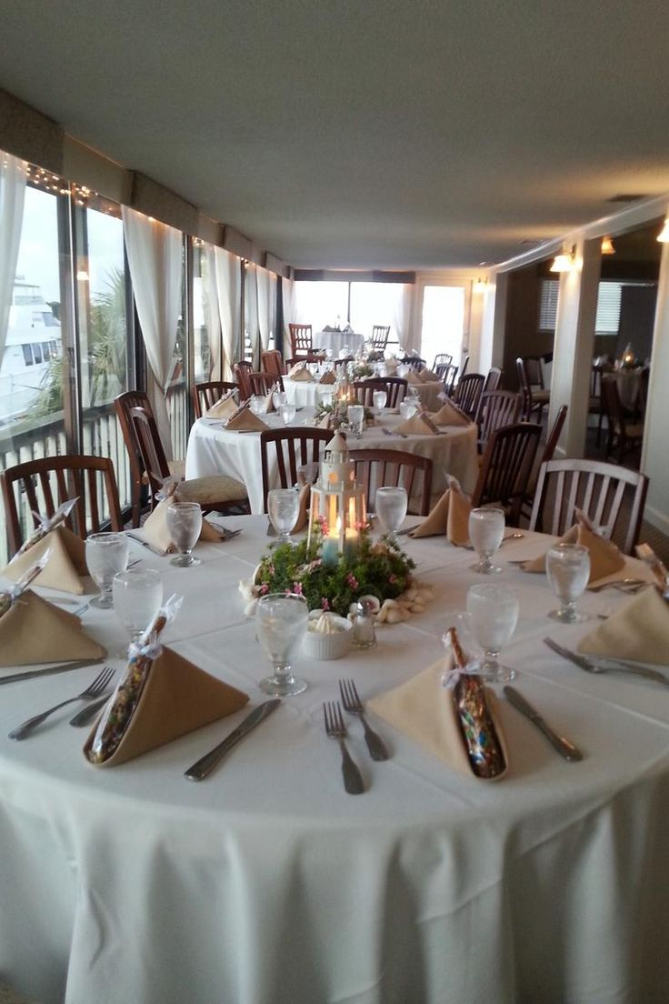 wedding reception venues cost%0A The HarborView Room above Kingfish Grill on the Water Weddings  Price out  and compare wedding costs for wedding ceremony and reception venues in St