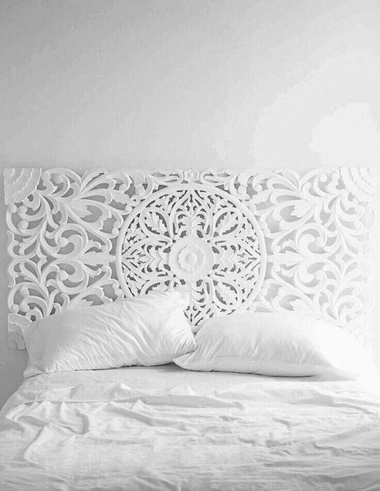 Tête de lit texturée (possibilité de peinture ou papier peint)