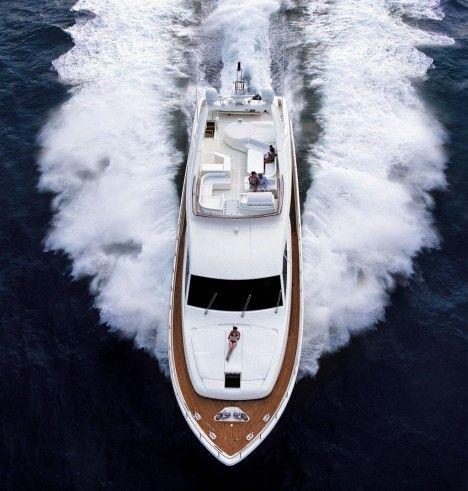 Ferretti 881 Luxury Yacht - Where would you go?