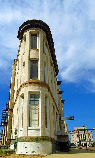 Texarkana's Flatiron Building