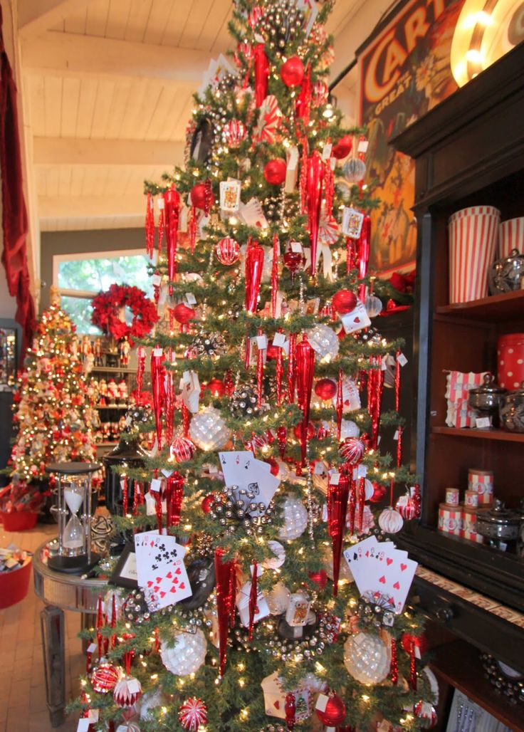 Christmas tree at Rogers Gardens in Newport Beach