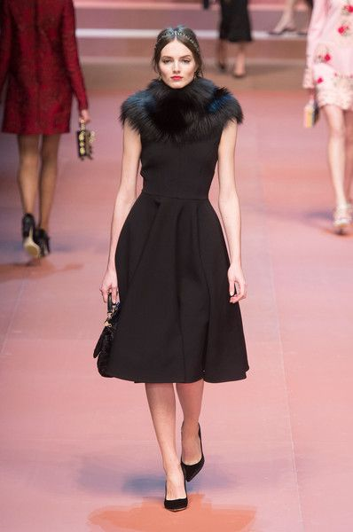 ebee507d44 Pin by Sisi Ritchie on Dolce Gabbana in 2018