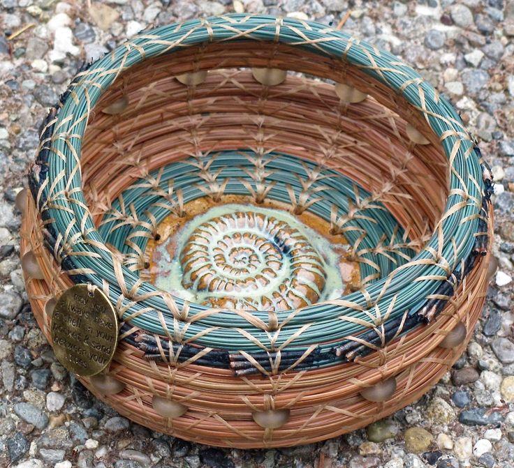 Pine needle basket. GiggyBaskets: Ancient Blessing