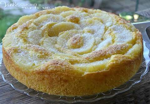 Torta yogurt cocco e ananas