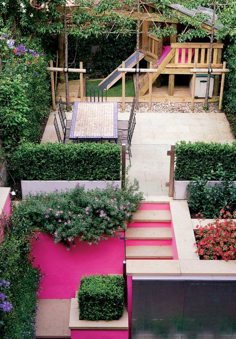 Family backyard – pretty in pink | #garden #familyhomeSmall Backyards, Hot Pink, Pink Wall, Small Spaces, Plays Area, Small Gardens, Bright Colors, Small Yards, Accent Wall