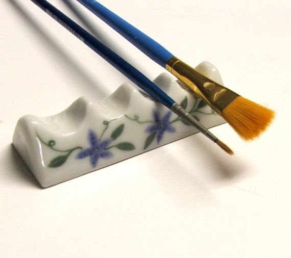 LOVE THIS!!! Porcelain Artist Brush Rest by PotterybySumiko on Etsy, $15.00