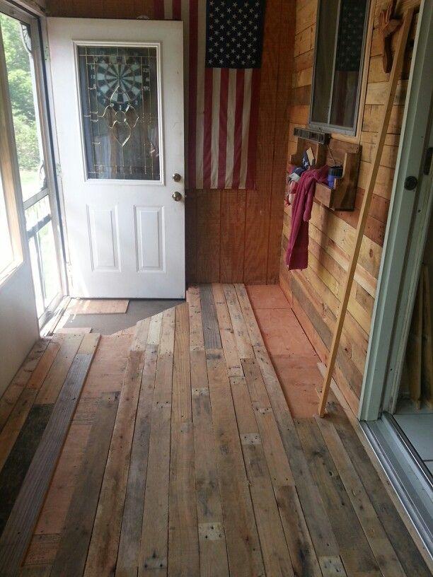 Best 25+ Wood Pallet Flooring Ideas On Pinterest | Pallet Walls, Pallet And  Wood Wall In Bathroom