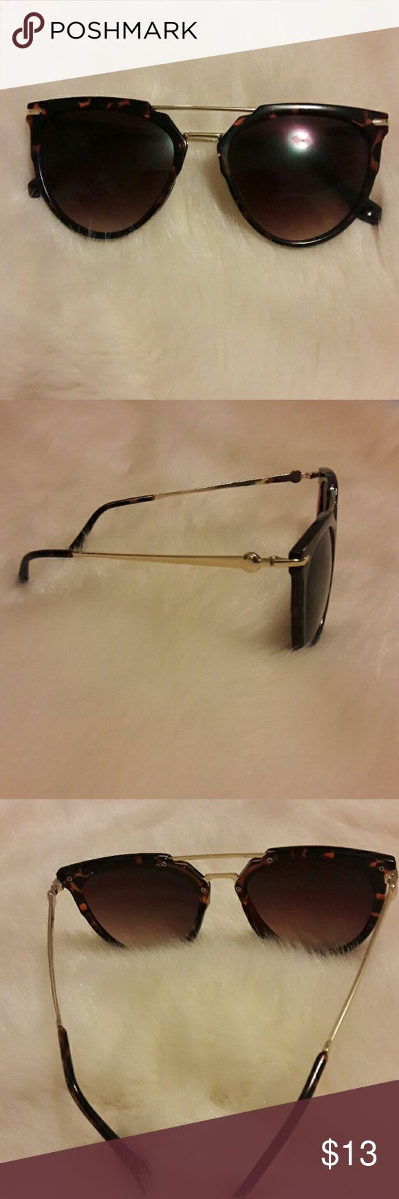 Tortoise Shell Sunglasses Never worn. No scratches Urban Outfitters Accessories Sunglasses