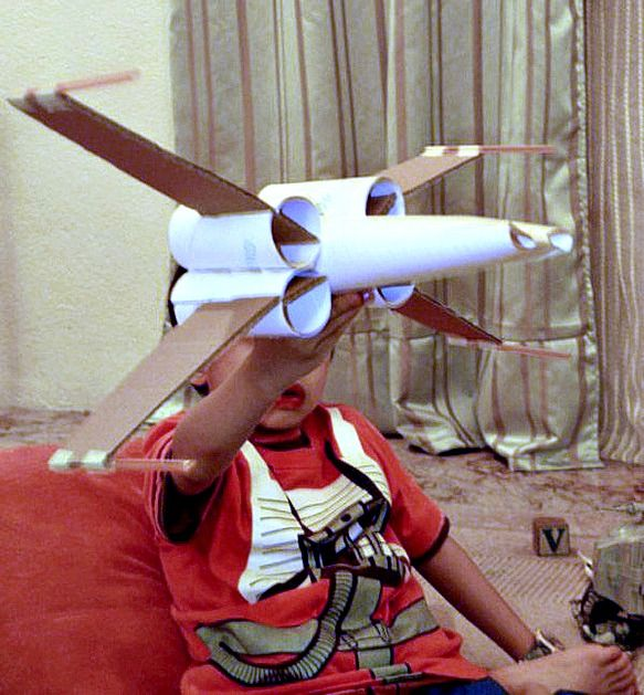 toilet-paper-roll-x-wing-fighter                                                                                                                                                     More