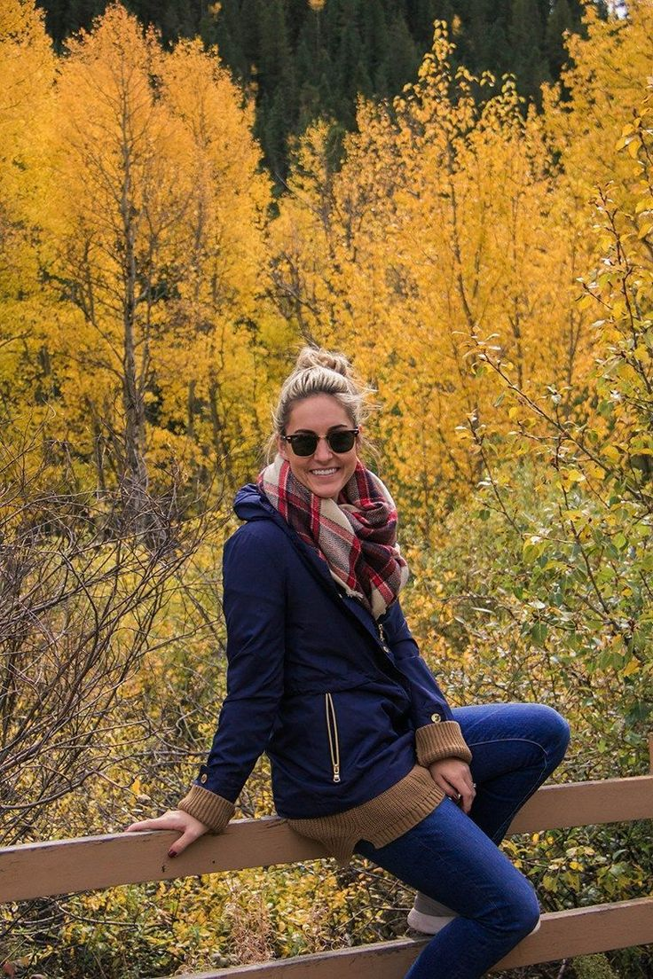 Hiking Through Colorado + Blanket Scarves You Need - One Swanky Couple | fall hiking outfit, fall hike, fall athletic outfit, hiking outfit, cold weather outdoor outfit, outdoorsy outfit #cruiseoutfits #hikingoutfit #fallhikingoutdoors
