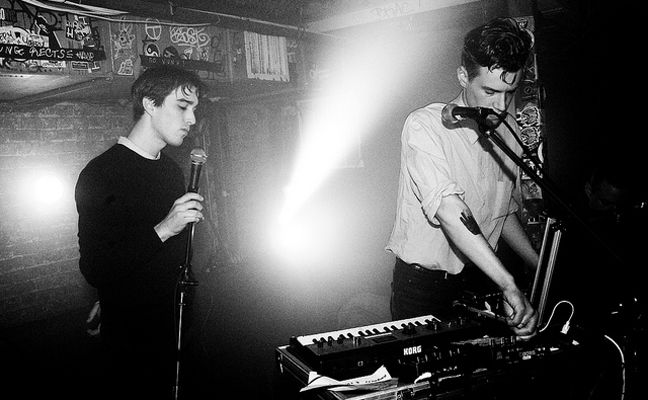 Live report: Lust For Youth + Huge Molasses Tank Explodes @ Ligera, Milano, 16/11/2013 - RUMORE
