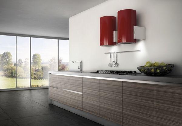 Cappe aspiranti per la cucina: meglio che siano funzionali e belle, non trovate? http://www.arredamento.it/cappe-aspiranti-per-cucina.asp  #cappe #cucina Elica
