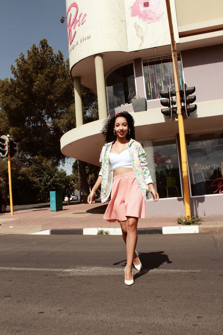 Retro summer outfit by Amourie Becker. #original #streetstyle #fashion #highwaist #croptop  #hoodie #floralprint #photoshoot #street #summer #vintage #fashiondesign #amourie #becker