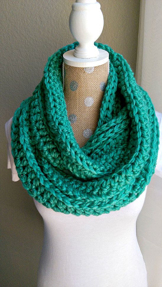 Chunky Crochet Scarf-Emerald