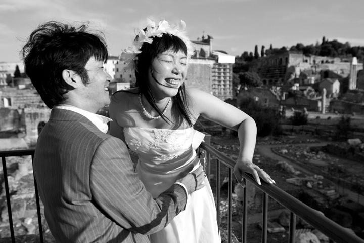 rome wedding laugh
