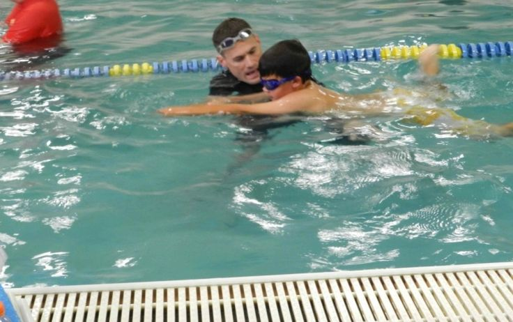 What makes a good swimming instructor