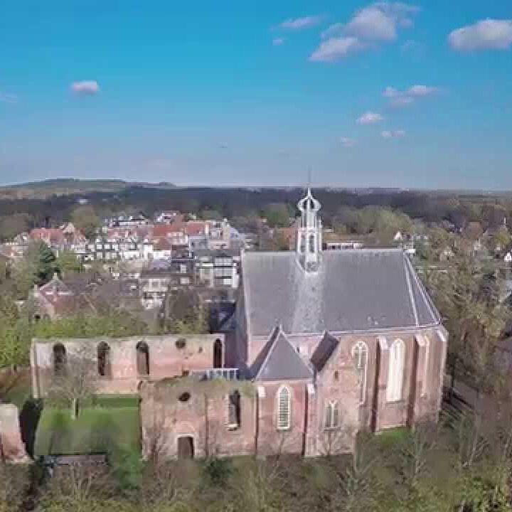 Ruïnekerk in Bergen NH