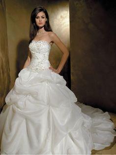 2012 Spring Style Ball Gown Strapless Applique Sleeveless Chapel Train Satin White Wedding Dress For Brides