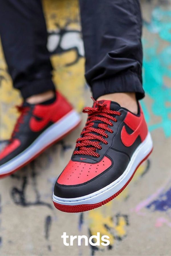 These Nikes Look Like Michael Jordan's Infamous First Sneaker in ...