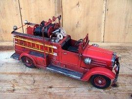 Machete auto retro - Masina pompieri clasica