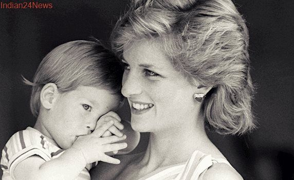 Princess Diana's Sons Commission Statue 20 Years After Her Death