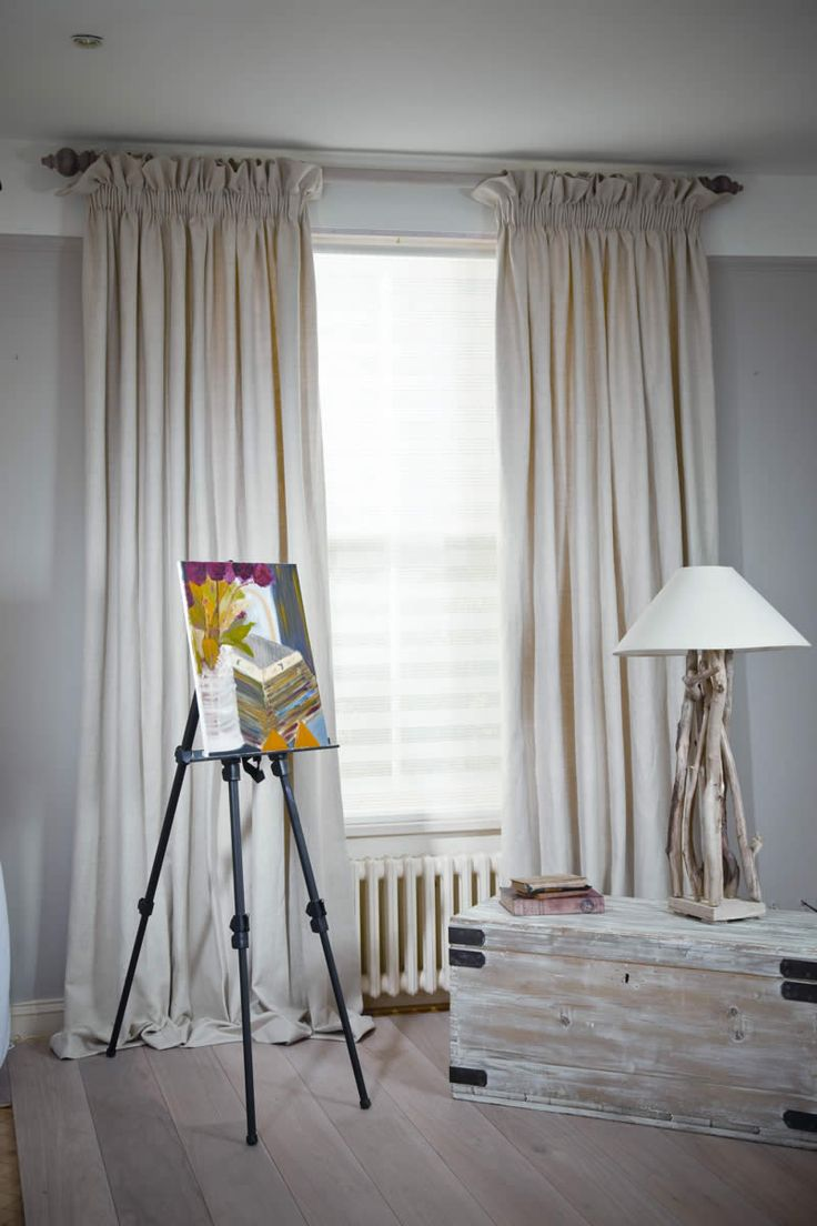 Curtains with Pencil Pleat heading on Pole