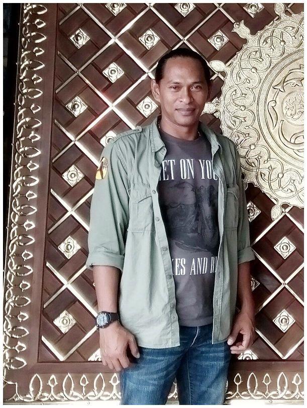 Pengrajin Replika Pintu Masjid Nabawi Sejak tahun 2011