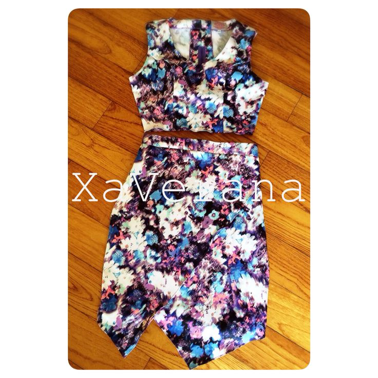Pixxy top and skirt See our latest collection at instagram @xaverana