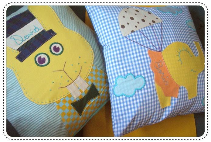 David and Boris,two new born babies with two new cushions. Harmony and handmade!  http://buburuze.wordpress.com/