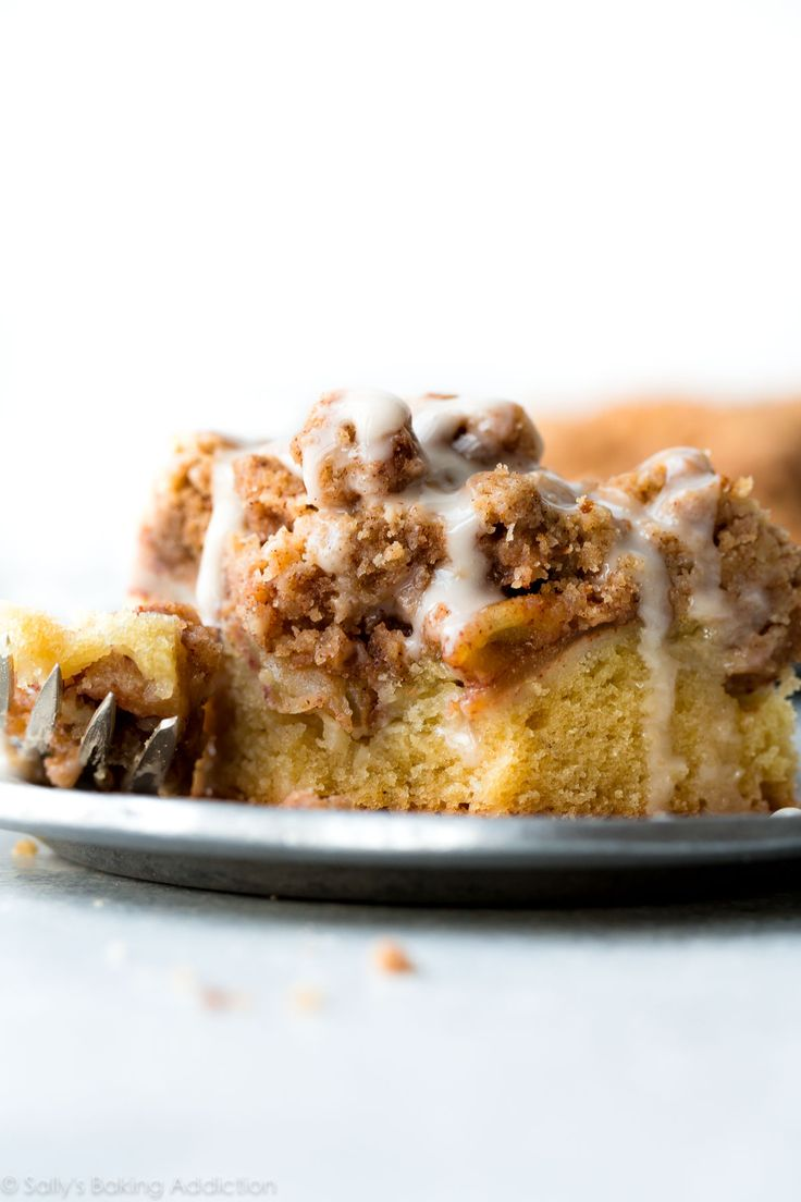 Deliciously easy and festive apple crumb cake with an extra thick layer of crumb topping. A classic breakfast that everyone loves!