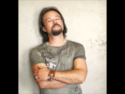 Travis tritt its a great day to be alive country for Country wedding processional songs