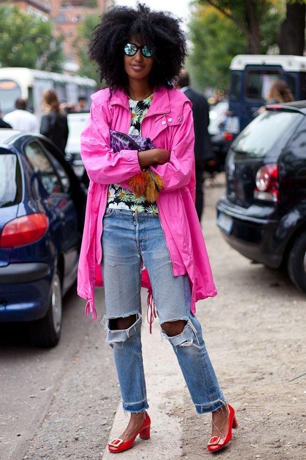 STREET STYLE SPRING 2013: MILAN FW - Julia Sarr Jamois is thinking pink.