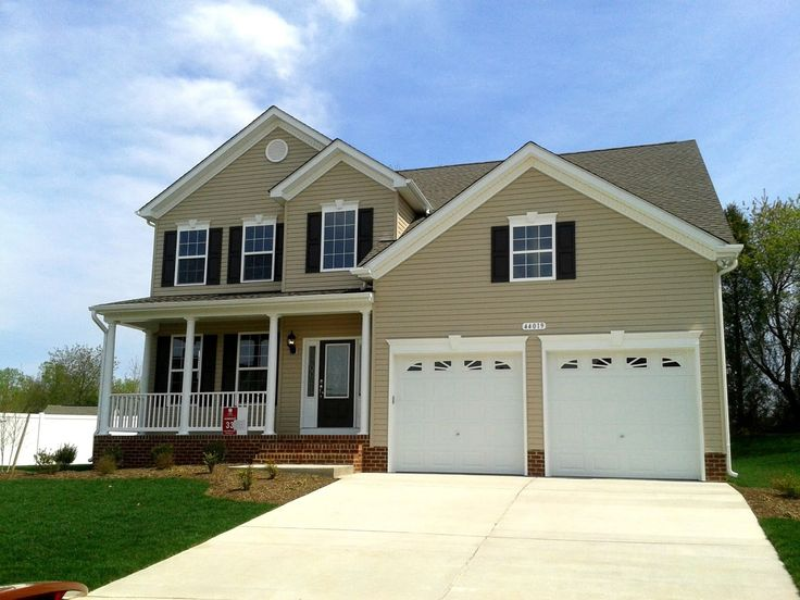Tan Siding With Navy Shutters And White Trim Love Exterior Curb Appeal Pinterest Navy