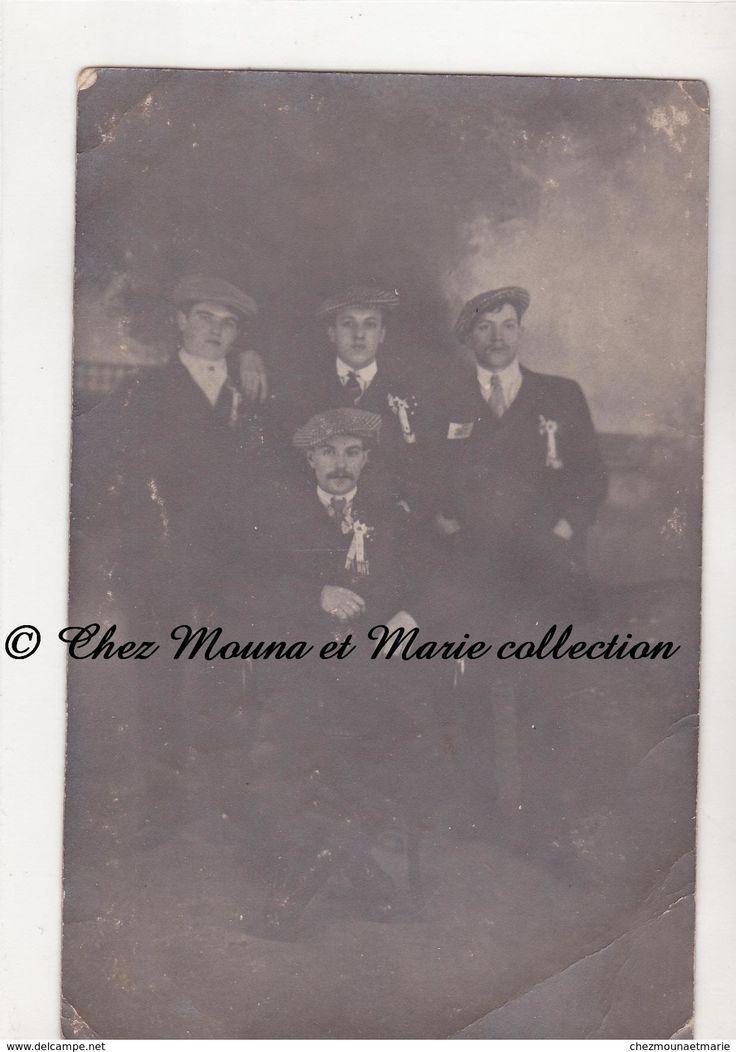 LONGWY BAS - UN GROUPE DE CONSCRITS - MEURTHE ET MOSELLE - CARTE PHOTO