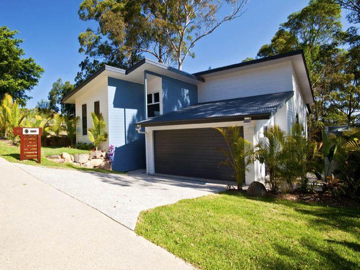 Nambour design split to suit the block in buderim for Split level home designs brisbane