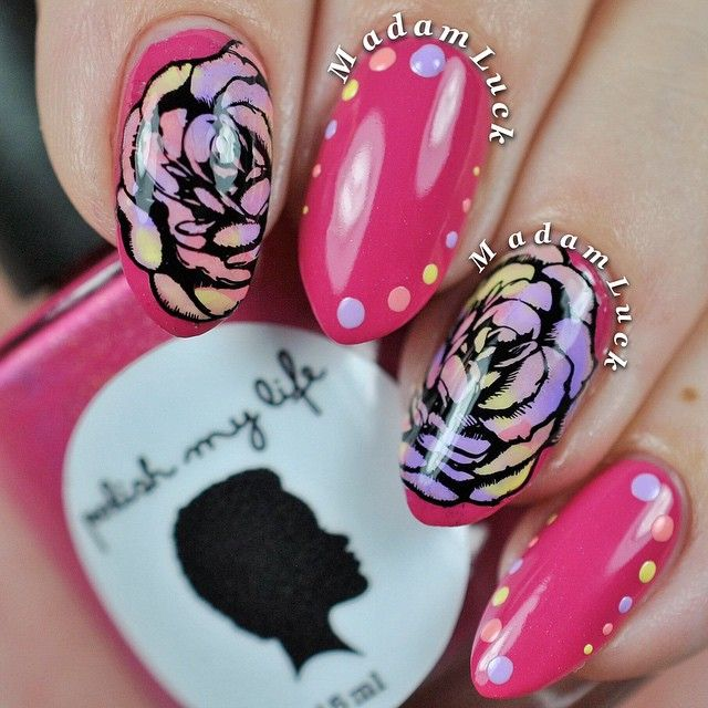 Instagram media madamluck #nail #nails #nailart - she used an UberChic Beauty nail stamp plate to make that gorgeous flower!!