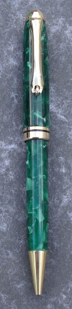 Hand made Crushed Velvet European style Pen (Green) £12.95