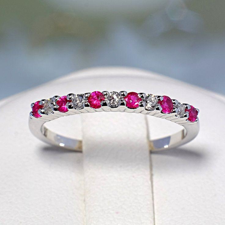 Inel din aur sau platina, cu rubine si diamante II Cod produs: 018RbDi