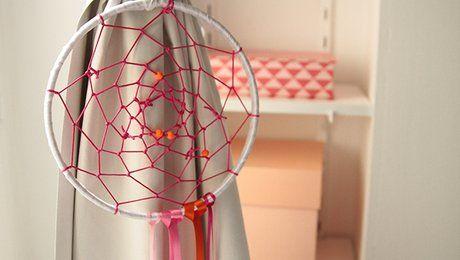 les 25 meilleures id es de la cat gorie fabriquer un attrape r ve sur pinterest faire un. Black Bedroom Furniture Sets. Home Design Ideas